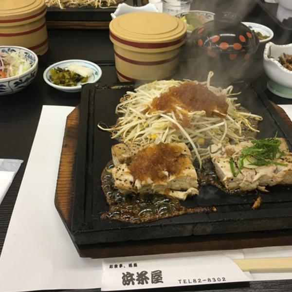 津久見名物のまぐろをはじめ新鮮な魚介類が食べらるお店